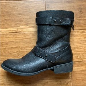 Loft Moto ankle boot with back zipper